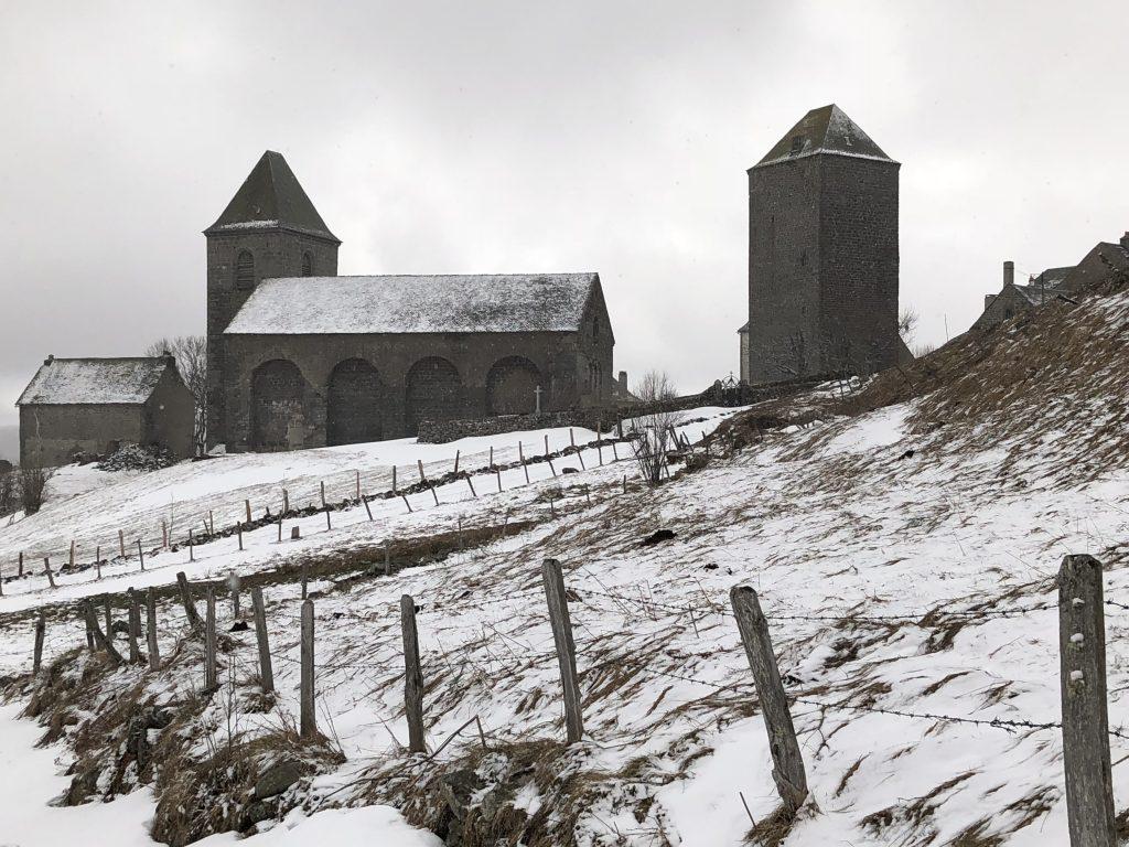Kirche und Engländerturm in Aubrac