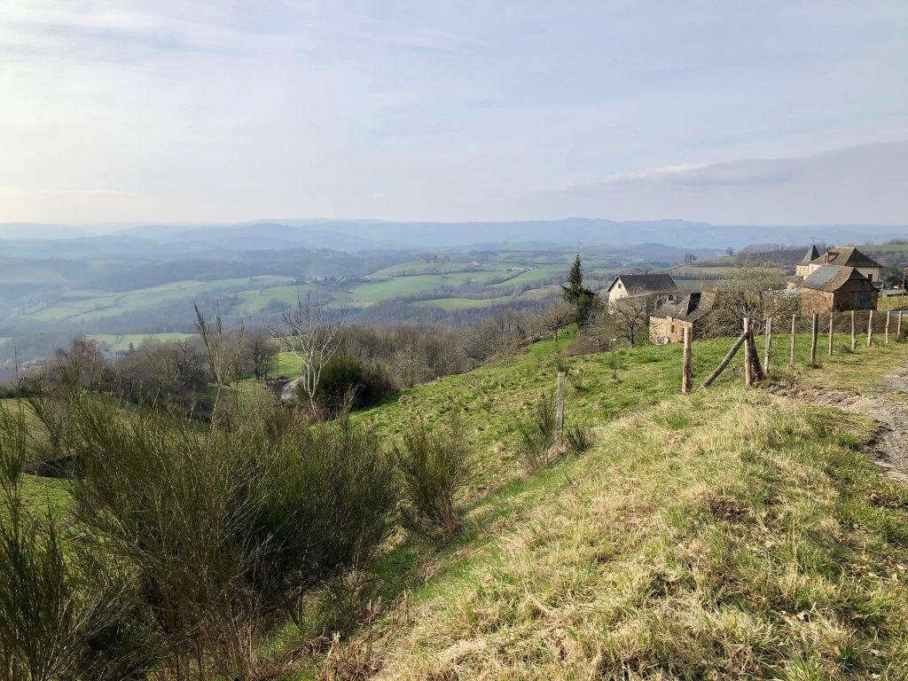 Landschaft hinter Conques